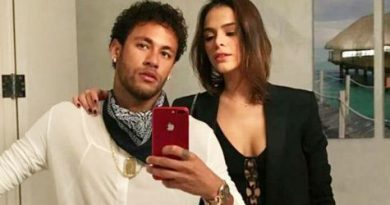Neymar bí mật đính hôn ở xứ cờ hoa