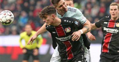 Bayern tiếp tục ngửi khói Dortmund