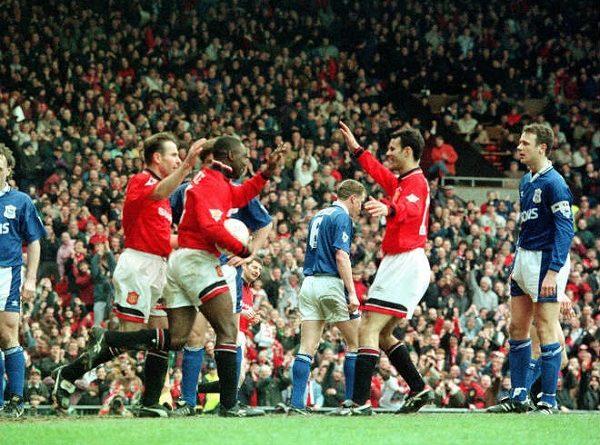 Man City vùi dập đối thủ Ngoại hạng Anh 8-0