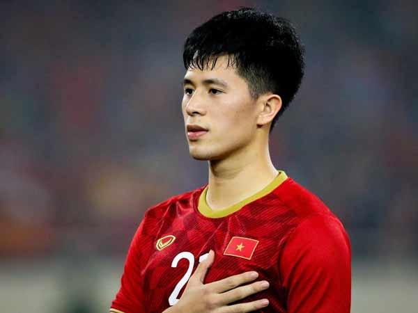 Đình Trọng - một trong 10 cầu thủ Việt Nam xuất sắc nhất