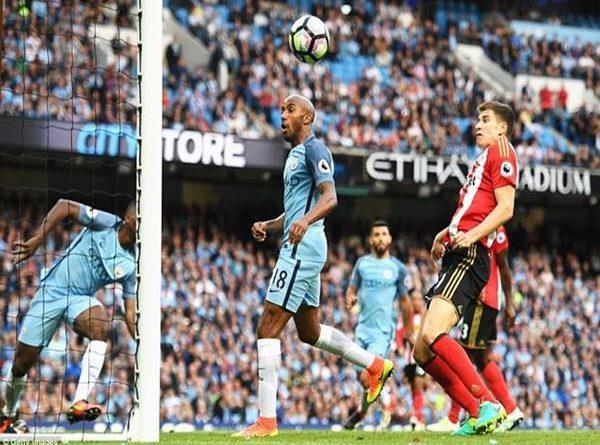 Pep vượt Mourinho để lập kỷ lục mới