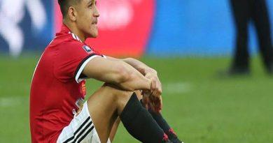 Tin bóng đá 09-4: Sanchez làm khó MU
