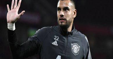 Bóng đá quốc tế ngày 24/10: Romero yêu cầu thanh lý hợp đồng
