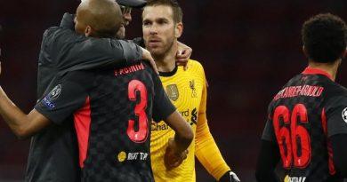 Bóng đá hôm nay 22/10: Thắng nhọc Ajax, Klopp đổ lỗi cho mặt sân