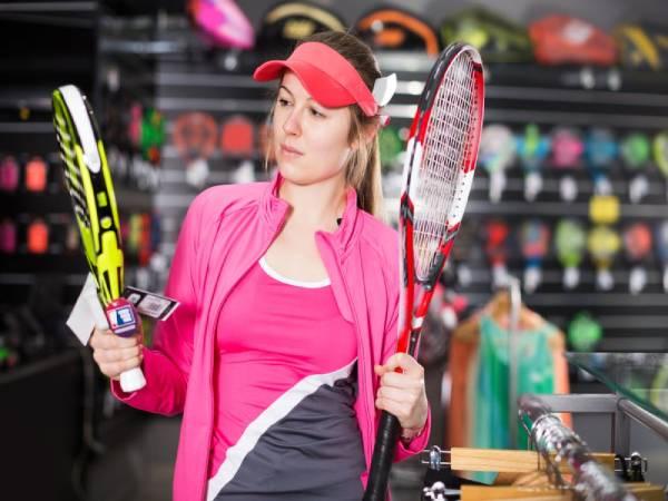 Vợt tennis trợ lực là gì? Nhận biết vợt tennis trợ lực