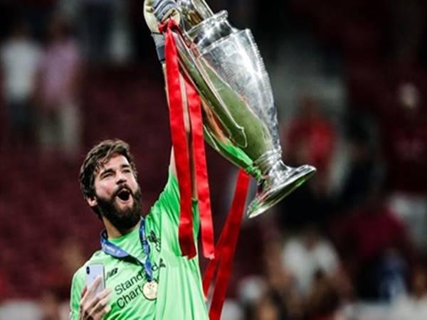 Những Thủ môn Liverpool xuất sắc nhất mọi thời đại