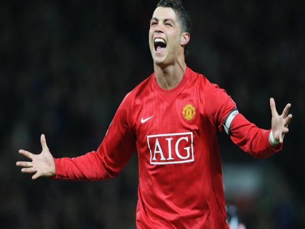 Chuyển nhượng chiều 1/6: MU trả lương kỷ lục cho Ronaldo