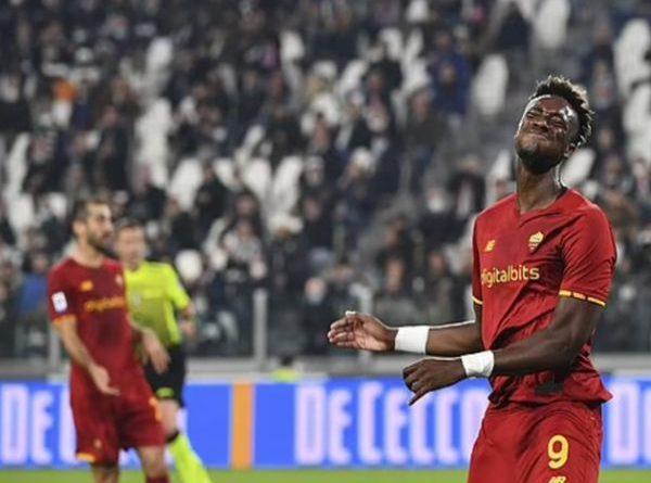 Bóng đá quốc tế trưa 18/10: Roma xứng đáng giành 3 điểm